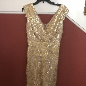 Gold Mother of the Bride/Groom formal gown